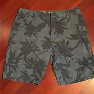 Rip curl size 36 waist shorts
